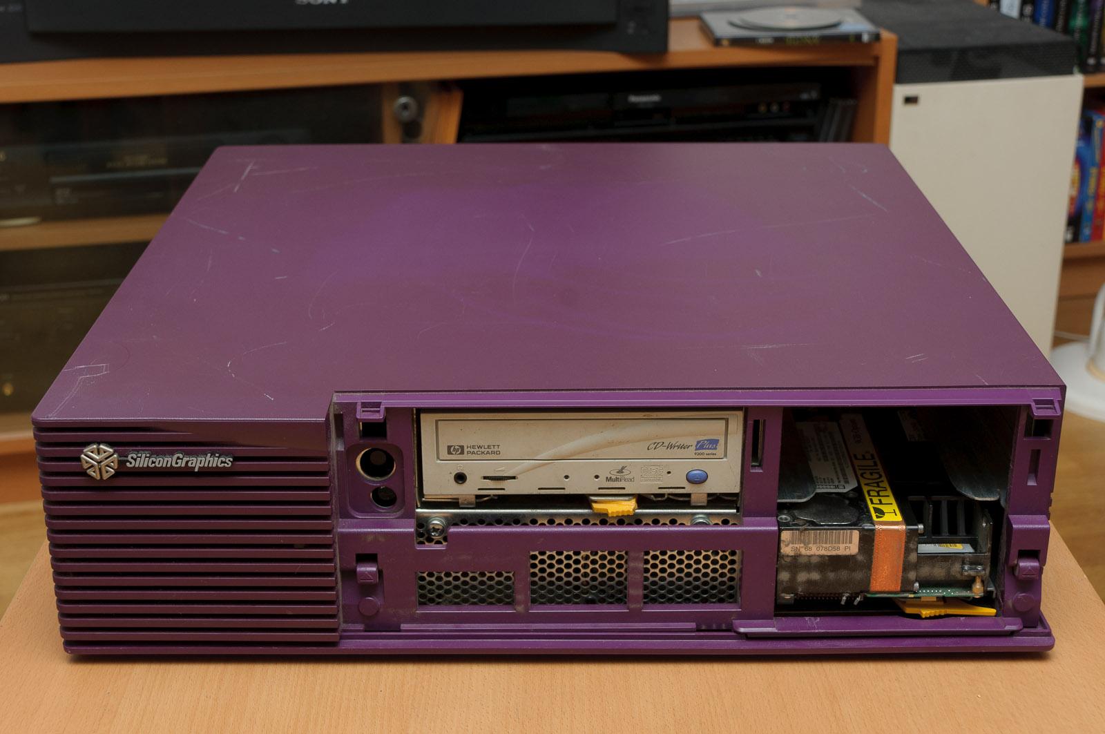 Silicon Graphics CMNB007Y125 SGI Indigo 2 Computer | RecycledGoods.com